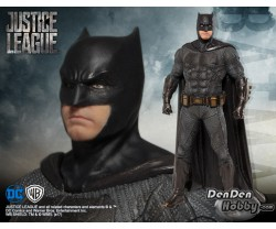 [PRE-ORDER] DC Universe Artfx+ Justice League Batman 1/10 Figure