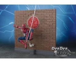 [PRE-ORDER] S.H.Figuarts SPIDER-MAN: HOMECOMING HOME MADE SUIT & Tamashii Option Act WALL